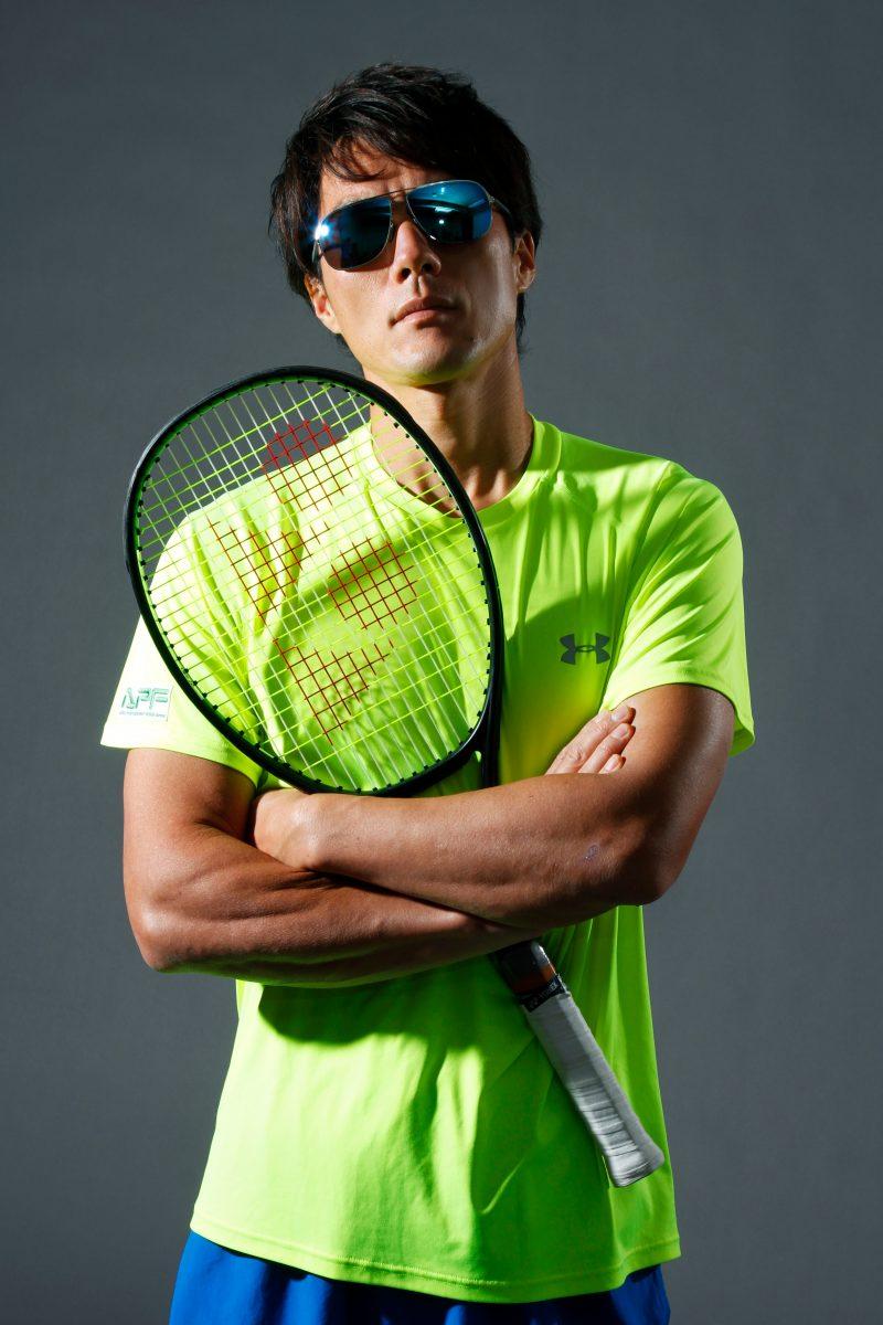 男性テニスプレーヤーのプロフィール撮影 プロフィール写真