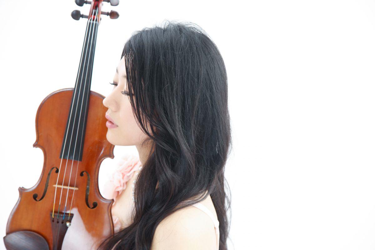 女性音楽家のプロフィール写真 プロフィール撮影