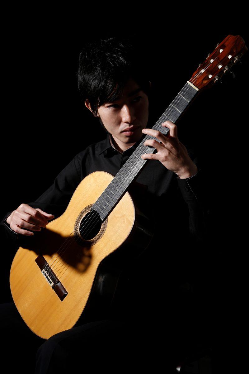 男性音楽家のポートレート写真 プロフィール撮影
