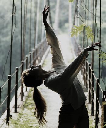 ダンサーのための芸術レベルのポートレート撮影