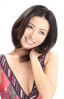 Akiko Nakajima-HR_2
